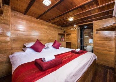Master Cabin Double - La Galigo Liveaboard-min