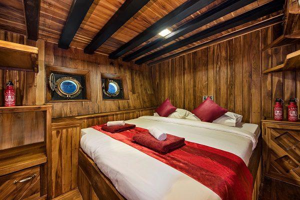 Deluxe Twin Cabin - La Galigo Liveaboard